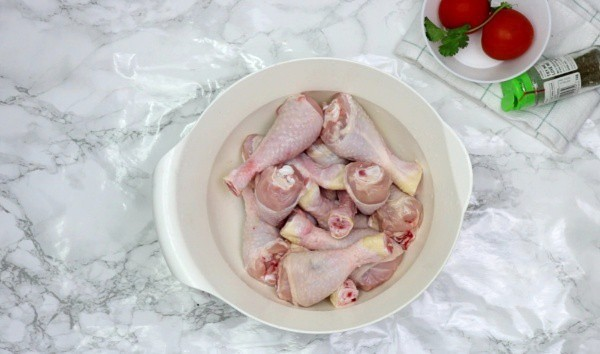 raw chicken in a bowl.