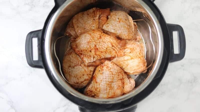 chicken thighs inside instant pot.